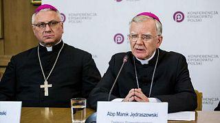 ۳۸۲ کودک در سه دهۀ گذشته قربانی آزار جنسی کلیسای لهستان شدهاند