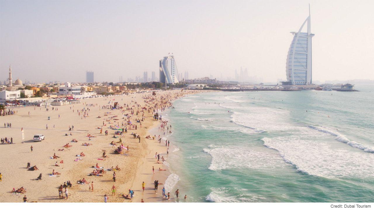 Altın kumu ve kristal berraklığında suyuyla Dubai'nin en iyi plajları