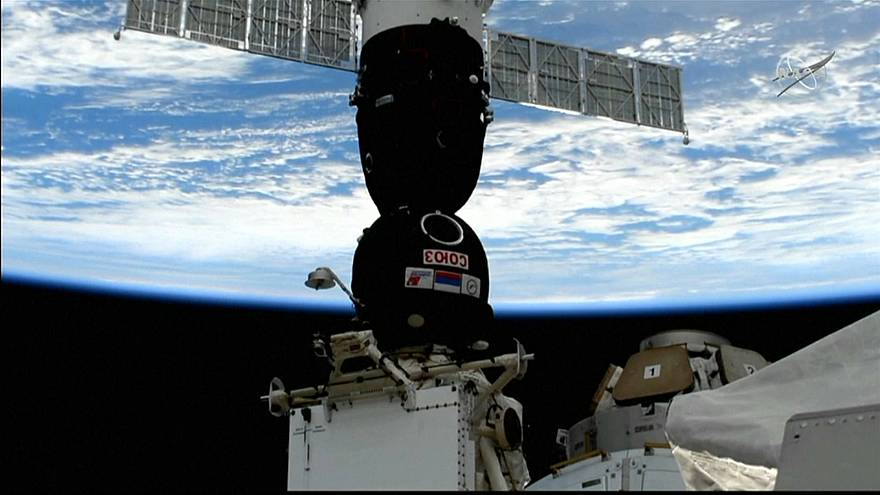 Raumfahrer an der ISS angekommen