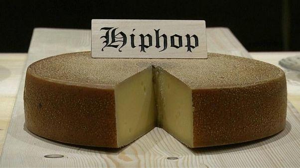 Igaz, hogy a zenére érlelt sajtnak jobb az íze?