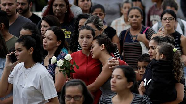 В Сан-Паулу прошли похороны школьников