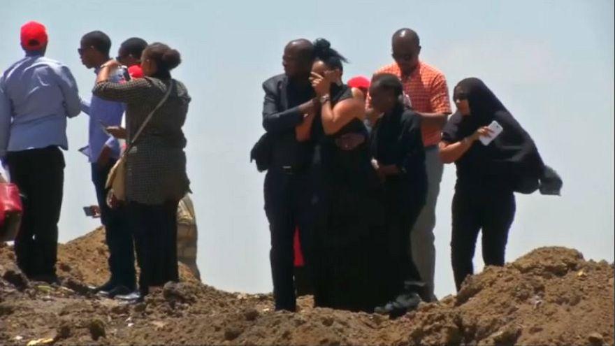 L'Etiopia rende omaggio alle vittime dell'incidente aereo