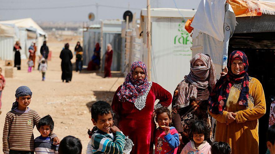 وصول أطفال من مخيمات النازحين في سوريا إلى فرنسا
