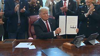 Trump usa por primera vez el veto para mantener su promesa del muro