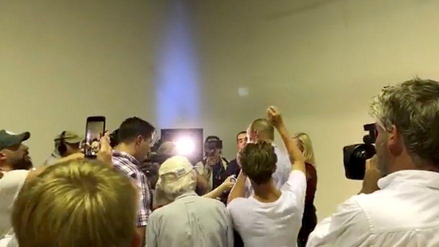 حمله تخممرغی یک نوجوان به سناتور منتقد مسلمانان در استرالیا