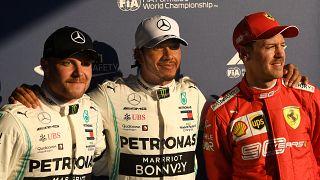 Формула-1: Хэмилтон начинает и выигрывает