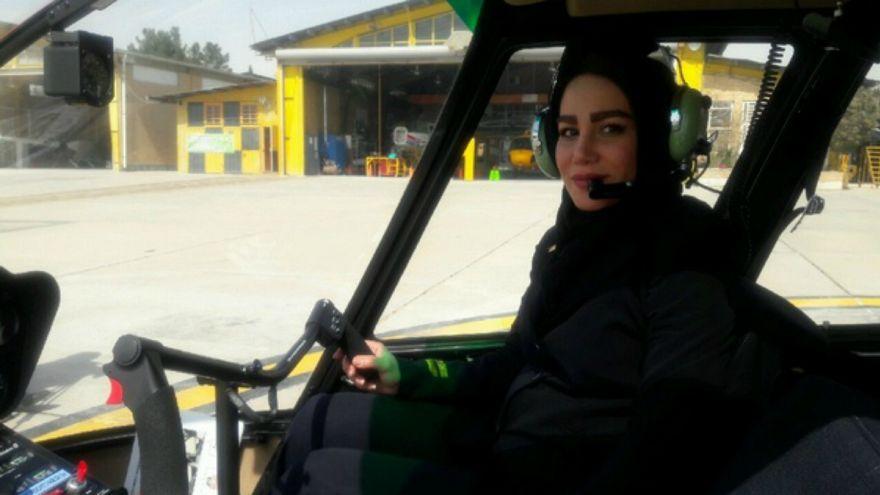 سمیرا شبانی نخستین خلبان هلیکوپتر در ایران