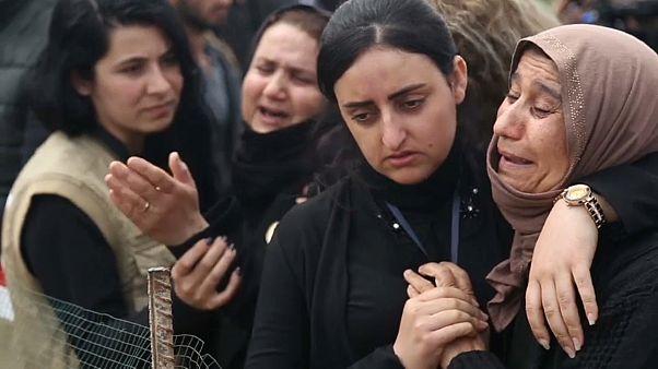 العراق والأمم المتحدة يبدآن أول عملية نقل رفات من مقبرة جماعية في سنجار
