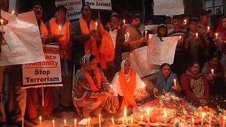 شاهد: سكان مدينة لاهور يتضامنون مع ضحايا نيوزيلندا