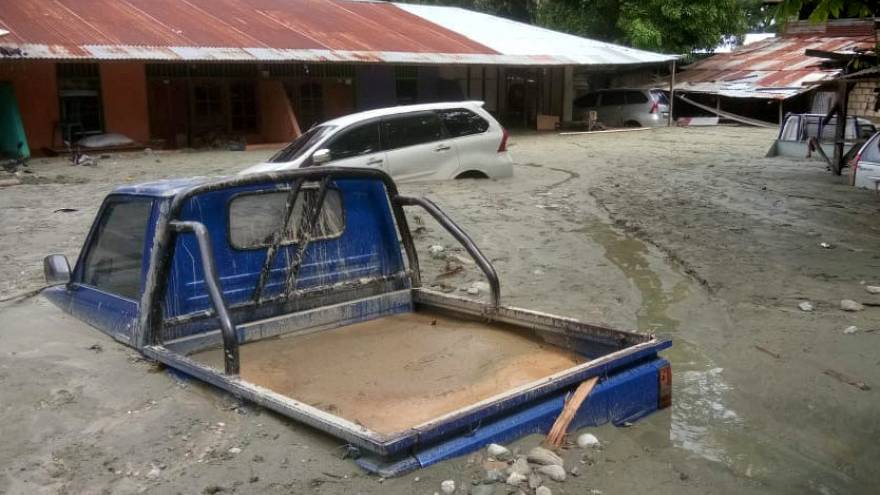 58 people confirmed dead in Indonesia flash floods