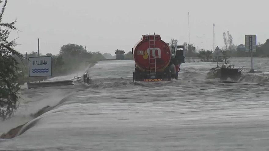 Ciclone Idai faz pelo menos 84 mortos em Moçambique