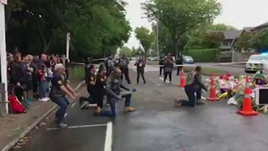 شاهد: مجموعة من سكان نيوزيلندا الأصليين يؤدون الهاكا تكريماً لضحايا المجزرة