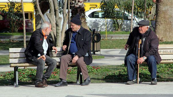 Türkiye'de yaşlı nüfus oranı hızla artıyor