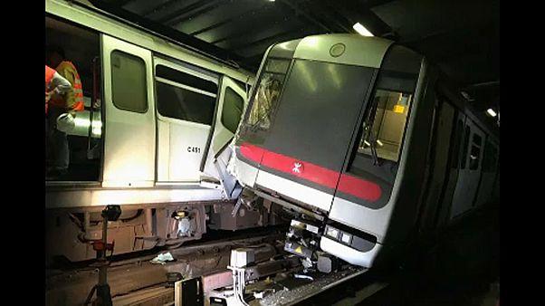 Közlekedési káosz Hongkongban