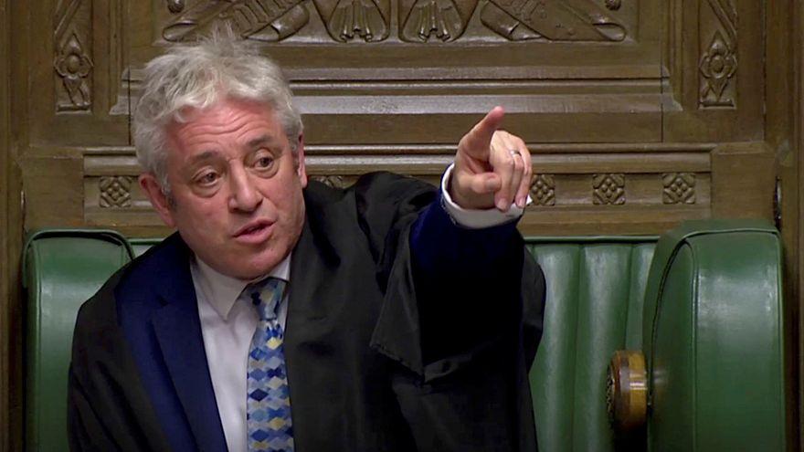 """""""Брексит"""": парламент непреклонен"""