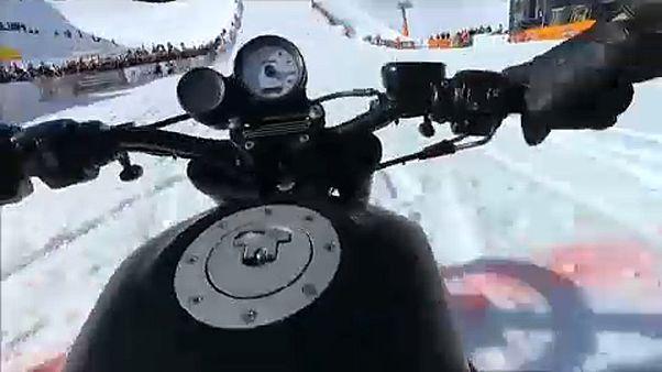 Las Harley-Davidson también ruedan por la nieve