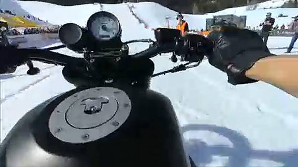 Ride on a snowy slope: motorbikes race in Italian moutains