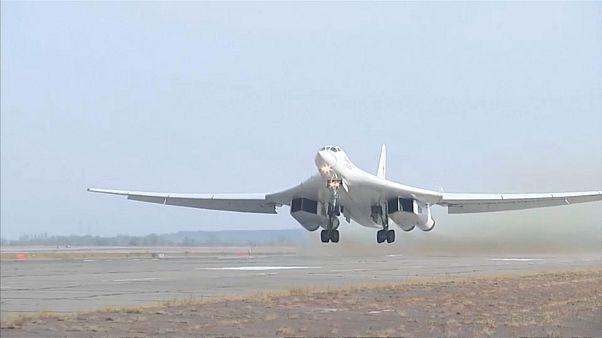 قاذفة استراتيجية روسية من طراز توبوليف 160