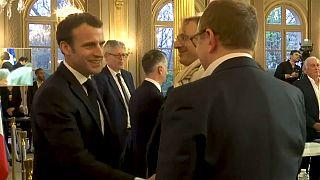 """Le président français Emmanuel Macron dénonce la """"tyrannie d'une minorité"""""""