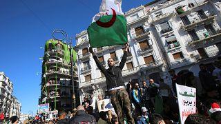 Algérie : le régime maintient le cap malgré la révolte qui monte