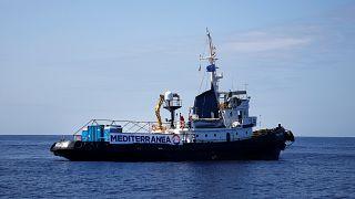 Ο Σαλβίνι απειλεί και πάλι να εμποδίσει αποβίβαση μεταναστών