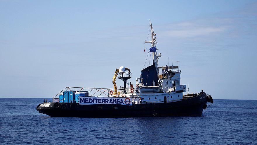 H Ιταλία προειδοποιεί τις ΜΚΟ για τα πλοία που βοηθούν μετανάστες