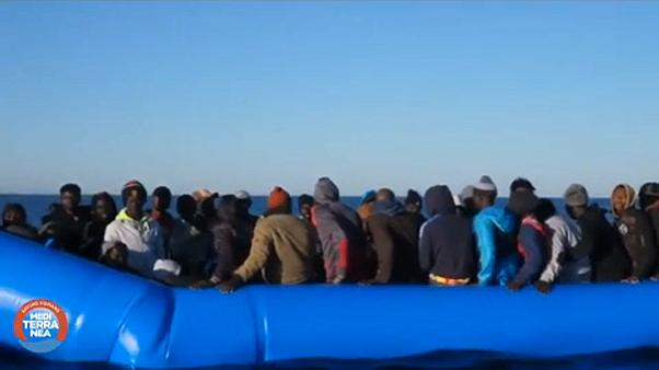 Olaszország: Menekültek előtt a kikötők lezárva