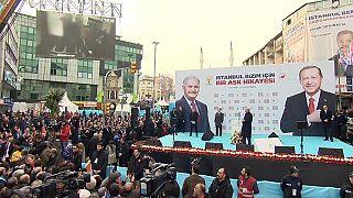 Erdoğan mitingde görüntüleri izletti