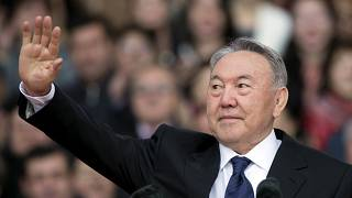 Kazakistan Cumhurbaşkanı Nursultan Nazarbayev görevinden istifa etti