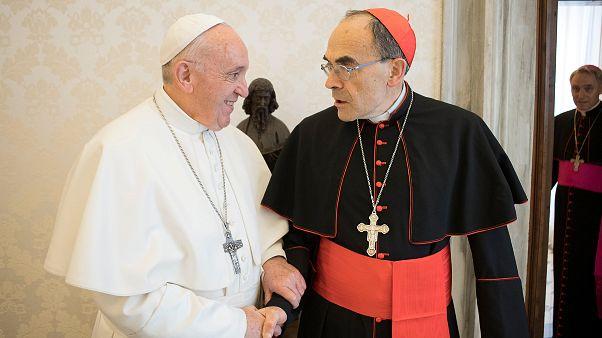 Papa Francis Fransız Kardinal Philippe Barbarin'in istifasını reddetti