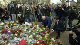 Utrecht: Blumen und Schweigeminute für die Opfer