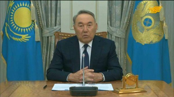 Nasarbajew: Rücktritt nach 30 Jahren Amtszeit