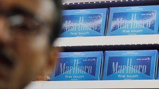سجائر مارلبورو في متجر في الهند