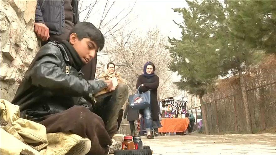 Afgán gyermekálmok