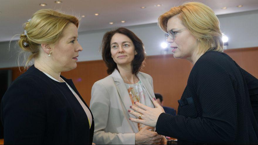 میزان حضور زنان در مناصب سیاسی؛ جایگاه زنان ایران و افغانستان کجاست؟