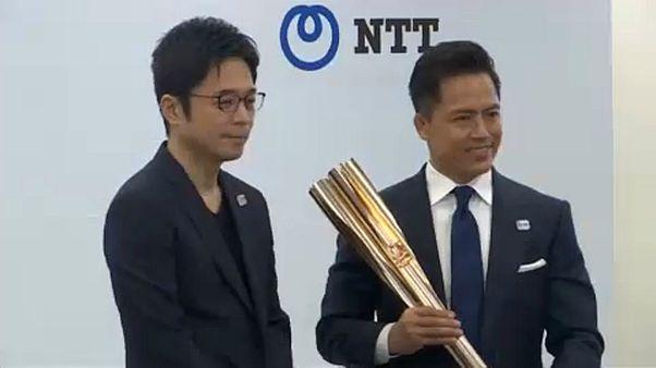 Bemutatták a tokiói olimpia fáklyáját