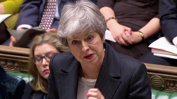 Theresa May demande aux Européens un report du Brexit jusqu'au 30 juin