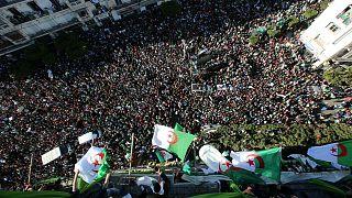 احتجاجات طلابية على ترشيح بوتفليقة لولاية خامسة