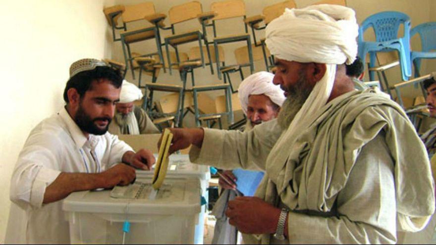 انتخابات ریاست جمهوری افغانستان باز هم دو ماه دیگر به تعویق افتاد