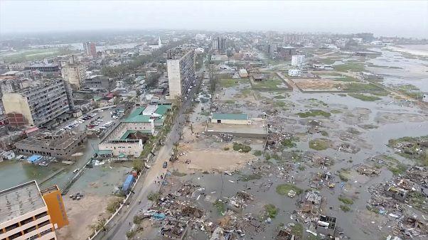 Not nach Tropensturm Idai: Weiter bis zu 8 Meter Wasser