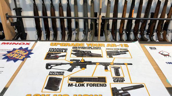 Nova Zelândia proíbe armas de assalto e semiautomáticas