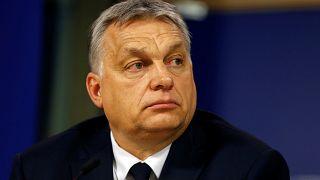 """A pápa szavait idézte Orbánnak a Néppárt ülésén egy korábban """"hasznos idiótának"""" nevezett képviselő"""