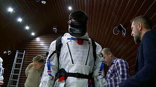 Un viaje virtual a la luna de cuatro meses de duración