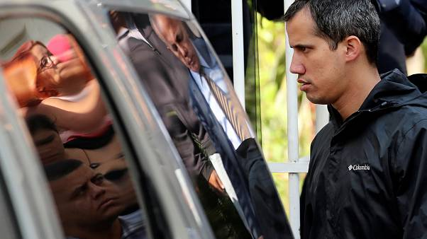 Allanan el domicilio dos miembros del equipo de Guaidó, Marrero detenido