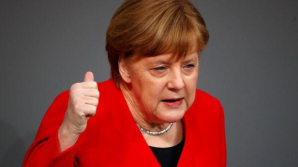 """Merkel afirma que trabajará """"hasta la última hora"""" para evitar un Brexit caótico"""