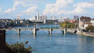 Schock und Trauer in Basel: Schulkind (7) auf dem Heimweg erstochen