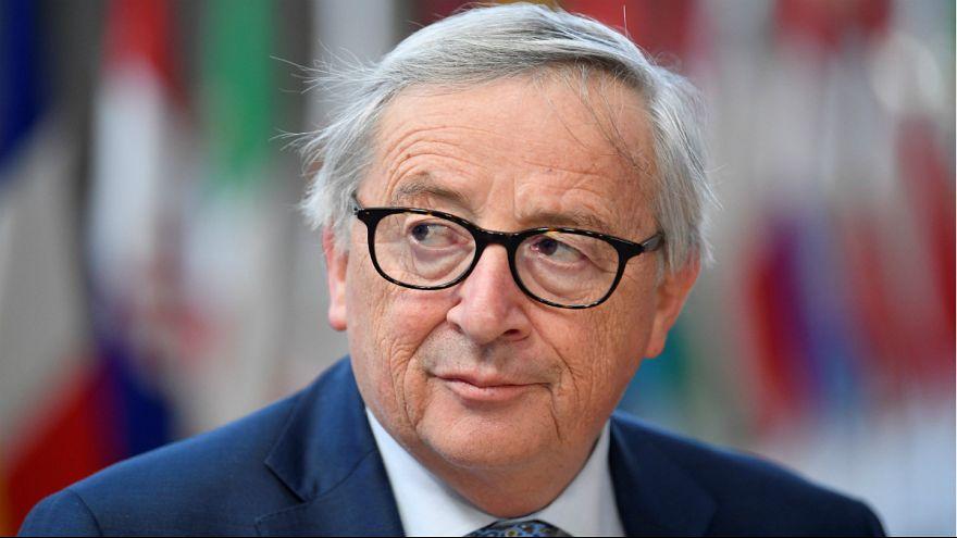 حواشی نشست بروکسل؛ رفتارهای عجیب یونکر، رئیس کمیسیون اروپا