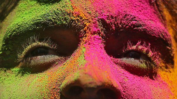 Χόλι: Η γιορτή των χρωμάτων στην Ινδία