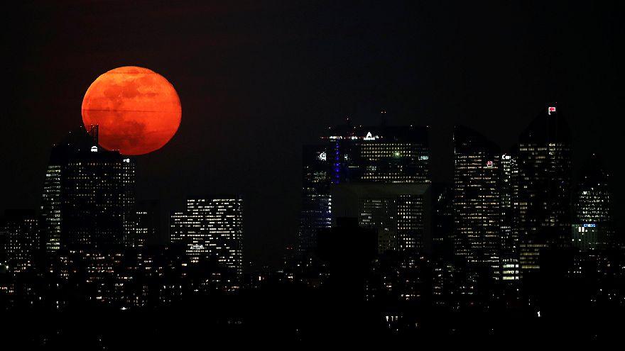 Video: Süper Ay şöleninden Dünya'ya yansıyanlar