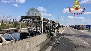حافلة تلاميذ أحرقها سنغالي في إيطاليا